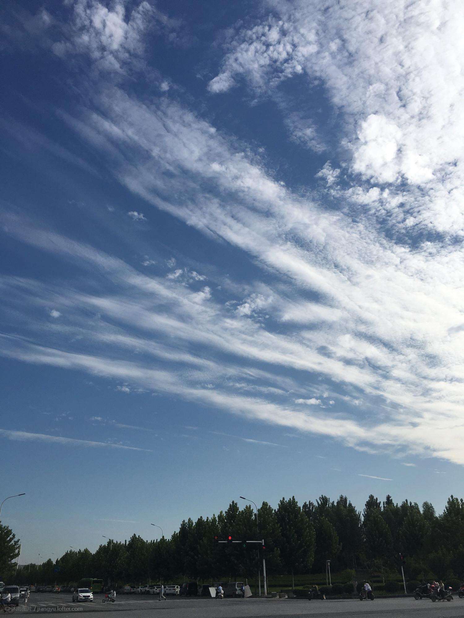 郑州早上的天空