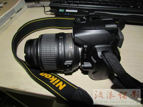 相机尼康d3000图片